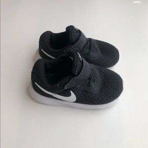 NIKE Tanjun - Toddler Boy Size 7
